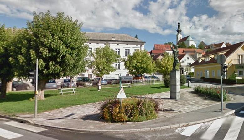 Spomenik pred OŠ F. Malgaja v Šentjurju